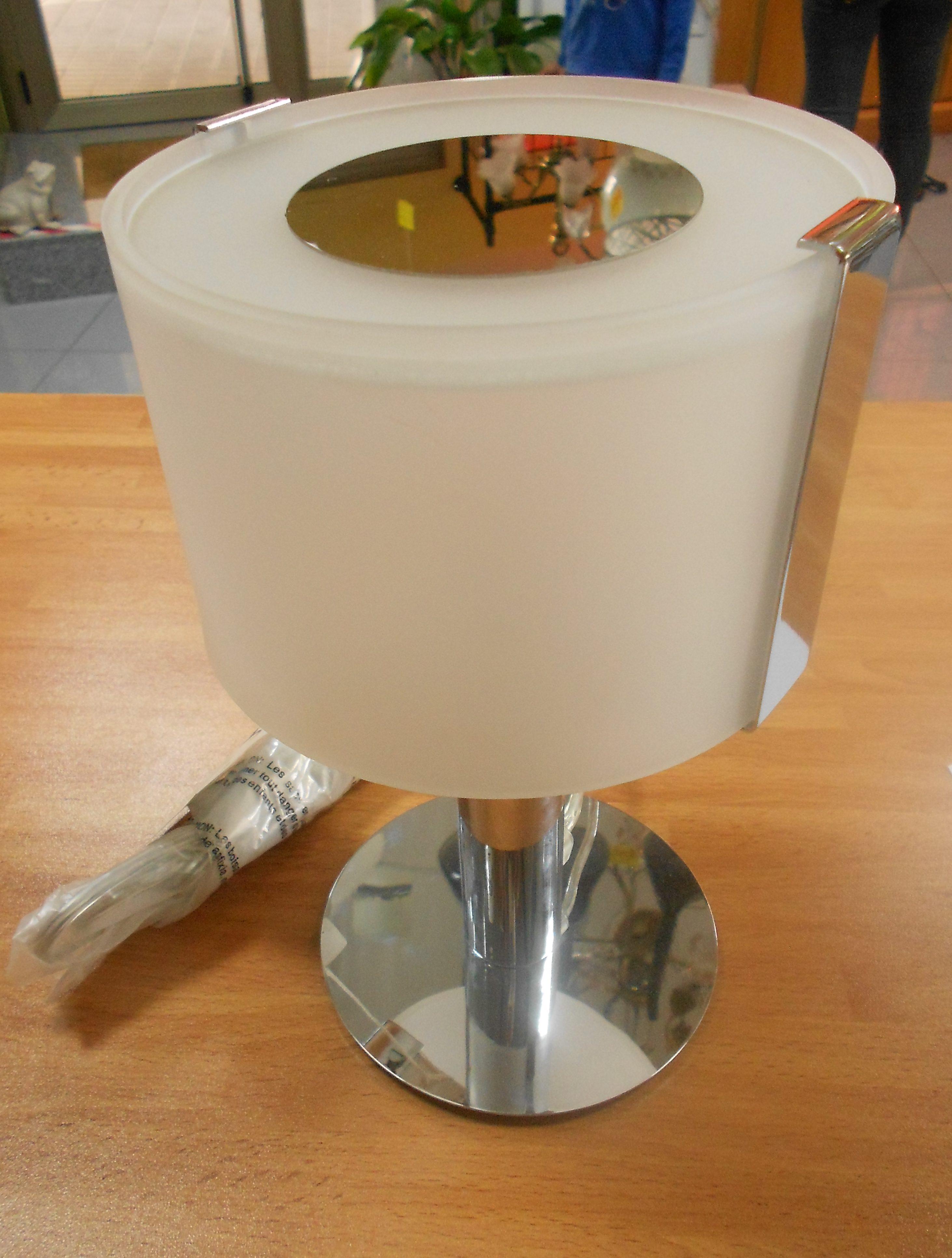 lampara de mesilla blanca cromada refptcr